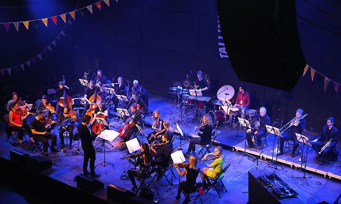 GlasperlenspielSinfoniettaKristjanJarviTMW